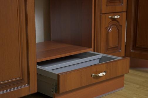 Выдвижной ящик под духовым шкафом