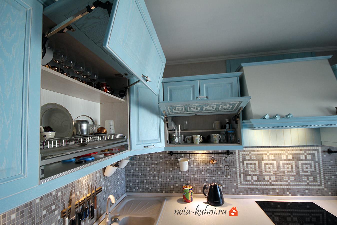 кухни на заказ с aventos HF blum