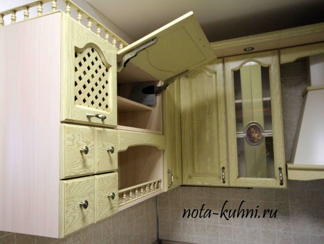 Кухни из дуба на заказ Москва